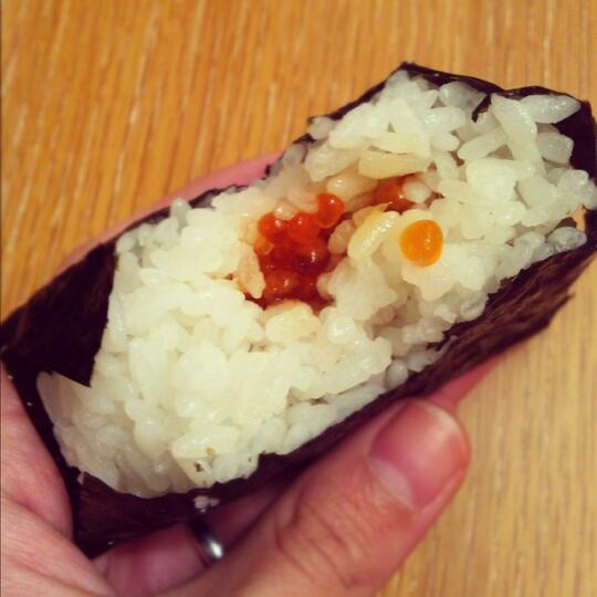 Ikura onigiri