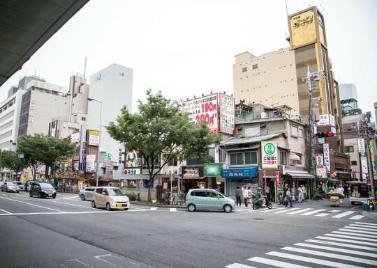 Wandering Osaka, looking for Doguyasuji