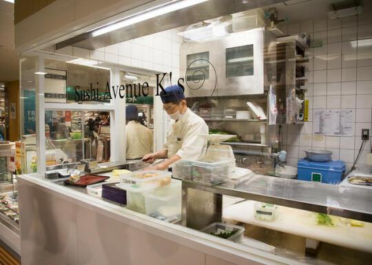 Man making sushi