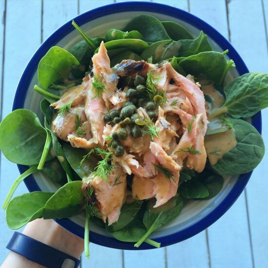 Spinach salmon salad