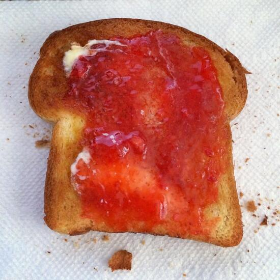 Brioche toast with jam